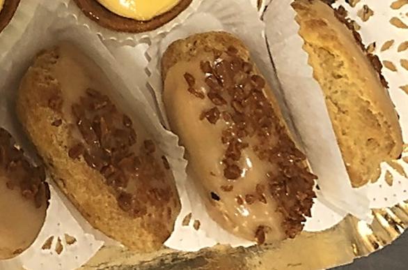 Caramel eclair - Bakeronline