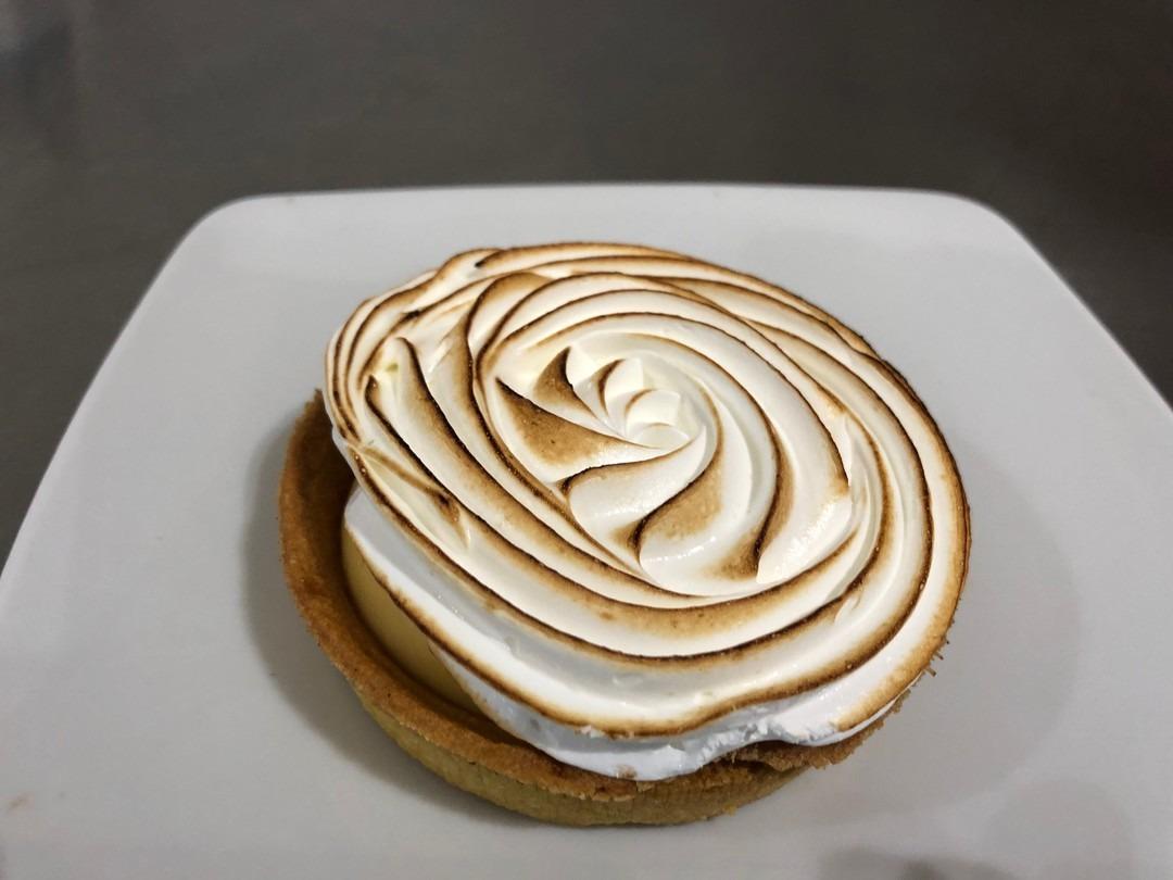 Small lemon meringue tart - Bakeronline